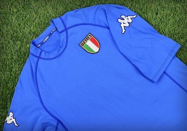 Italy 2000 football