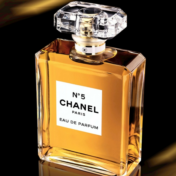 Chanel main image